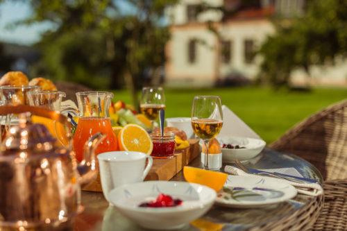 Frukost på Steningevik